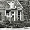 F1301 <br /> Links: Hoofdstraat 127; Zaadhandel van Mien Moolenaar. <br /> Midden: Hoofdstraat 129; fam. Jan Moolenaar,  later bewoond door de fam. Straathof.<br /> Rechts: Hoofdstraat 131; G.J. Meulenbrugge. Dit pand is gesloopt.