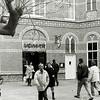 F2542<br /> De opening van de supermarkt 'Vomar' in het voormalige Annaklooster aan de Hoofdstraat te Sassenheim. Foto: 2003