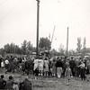 F4485<br /> Bevrijdingsfeest, paalklimmen. Foto: 1945