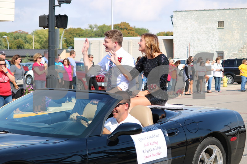 Algona Homecoming parade