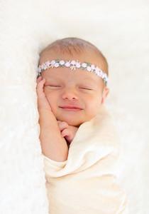 Alice Newborn-19