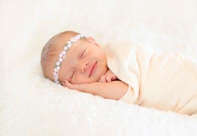 Alice Newborn-20