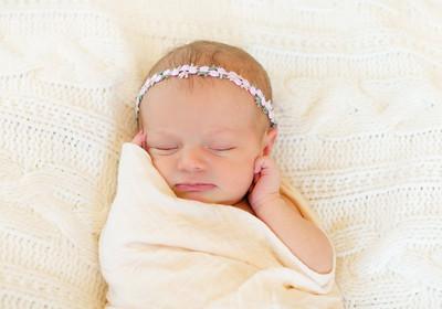 Alice Newborn-24