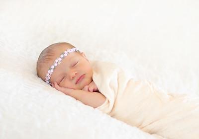 Alice Newborn-18