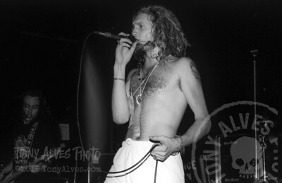Alice-In-Chains-1990-10-23-BW_09