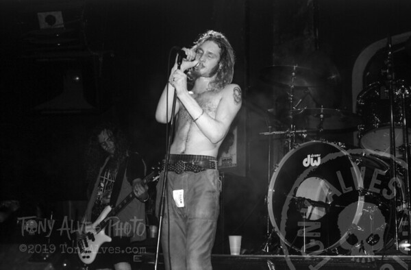 Alice-In-Chains-1991-02-15-BW_14