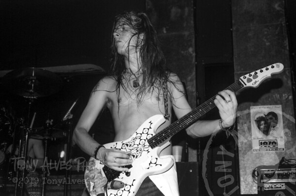 Alice-In-Chains-1991-02-15-BW_04