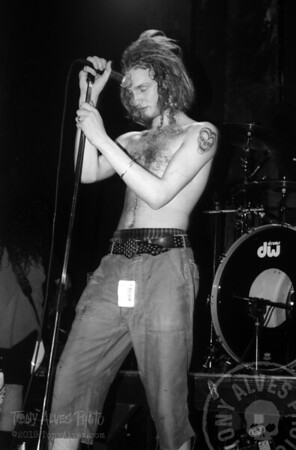 Alice-In-Chains-1991-02-15-BW_20