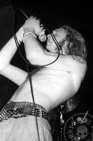 Alice-In-Chains-1991-02-15-BW_06