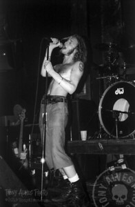 Alice-In-Chains-1991-02-15-BW_13