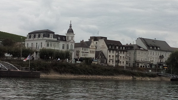 2015-09-26, Ruedesheim am Rhein and the birthday cake
