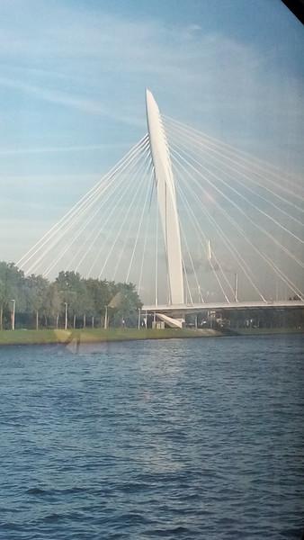 20150929_084613-Utrecht-bridge