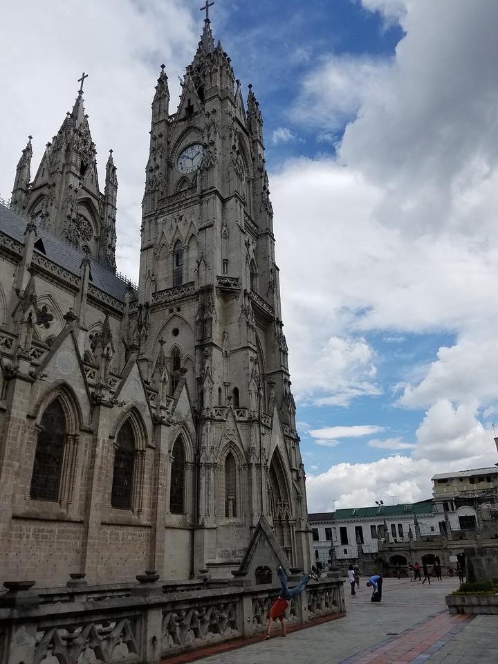 Andres Calderon - La Basilica - Quito, Ecuador