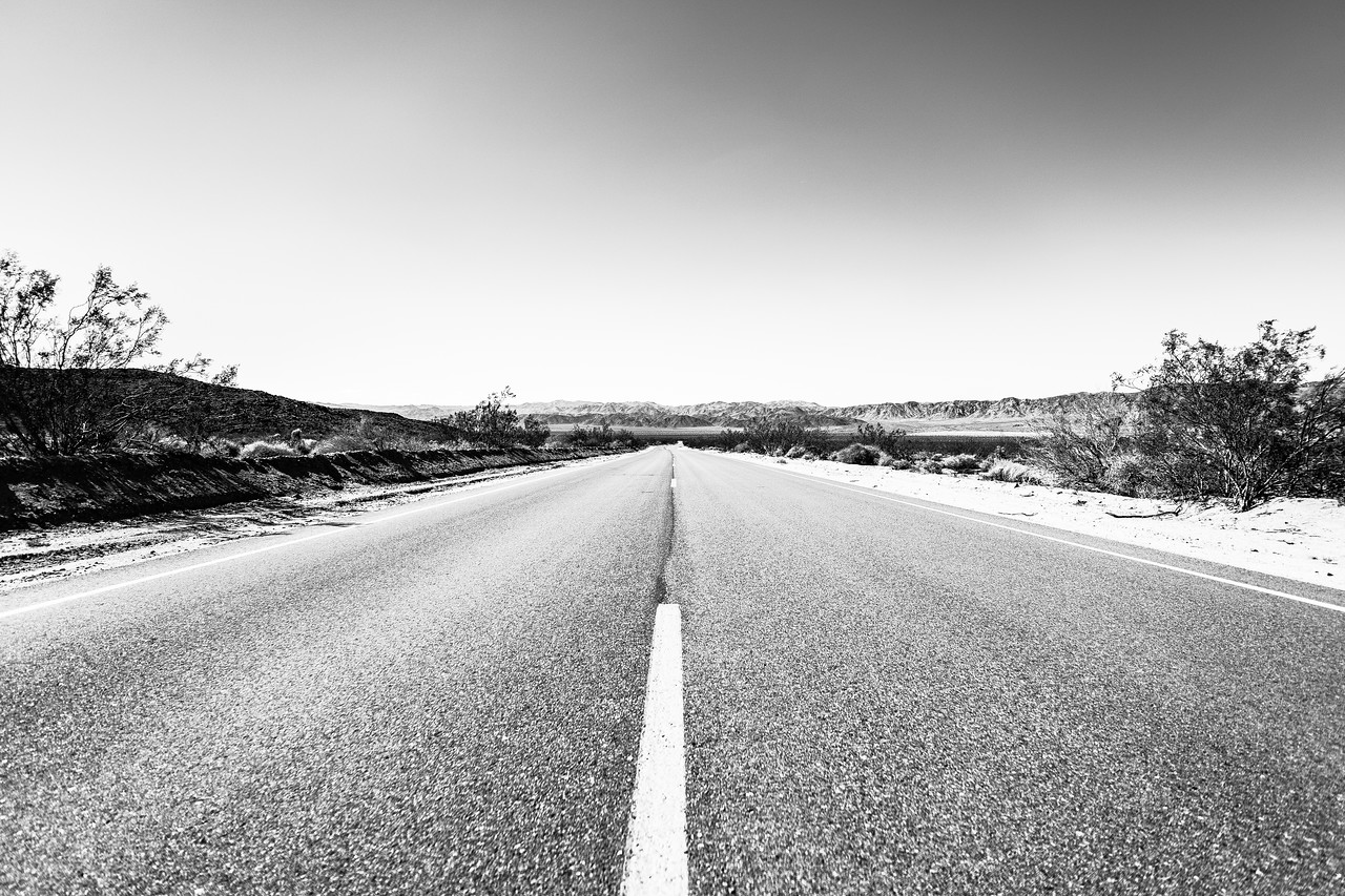 Long, lonely road in Joshua Tree National Park