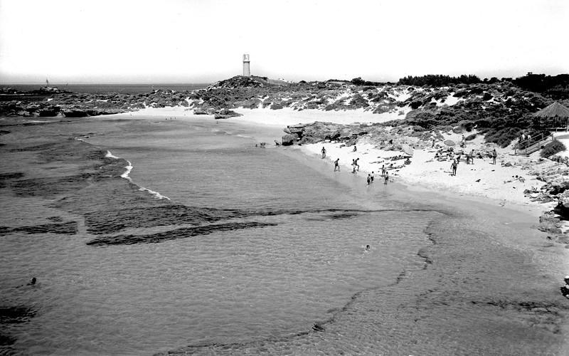 Pinky's Beach-Rottnest
