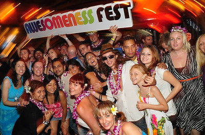 Nov 6 - Awesomeness Fest 2011 - Hard Rock Cafe, Lahina