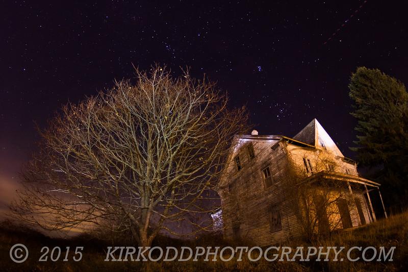 Starry Night Farm House