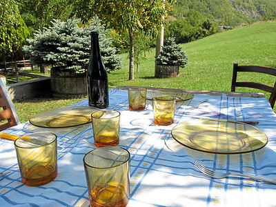 Outdoor Lunch I, Bergazzi Valley, near Bardi, Italy