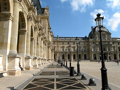 Looking towards the Pavillon Richelieu (left),Pavillon Sully (right), Lourve, Paris France, September 2006