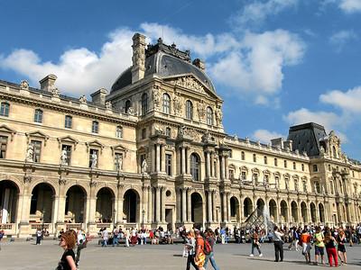 Pavillon Richelieu, Lourve, Paris France, September 2006
