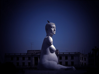 Alison Lapper Pregnant, statue by Marc Quinn, in Trafalgar Square, London, England, September 2006, (color enhanced)
