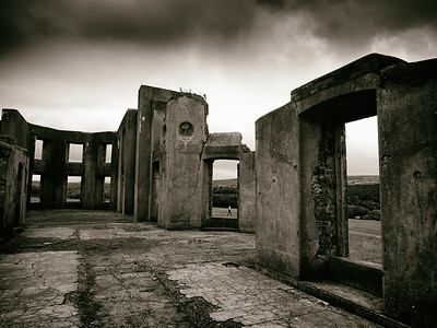 Downhill House (3)