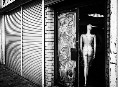 Nudist Clothes Shop