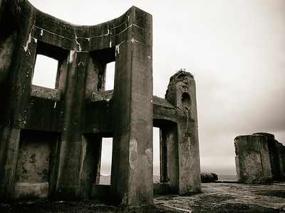 Downhill House (2)