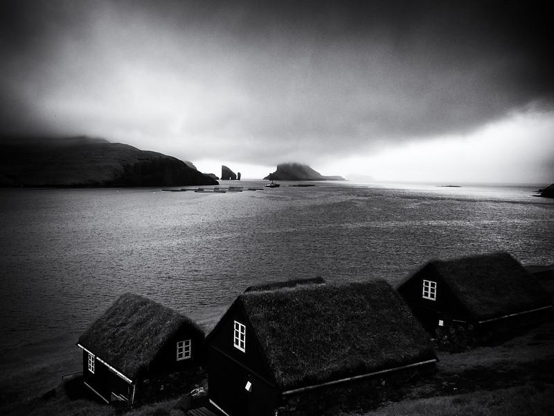 Houses near Bøur,