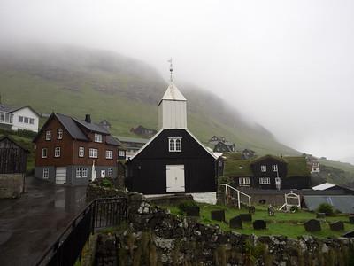 The old church in Bøur.