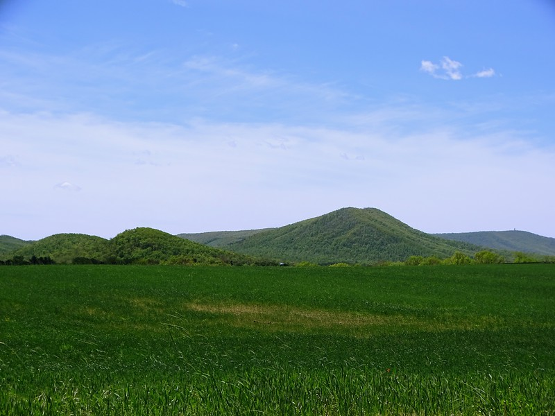 (Left to right) Claylick Ridge, Two Top Mountain, and Cross Mountain, near Mercersburg, PA