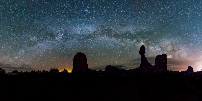 Milky Way Arch over Balanced Rock