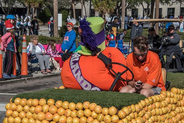 Citrus Bowl Parade @ Downtown Orlando 12-30-17
