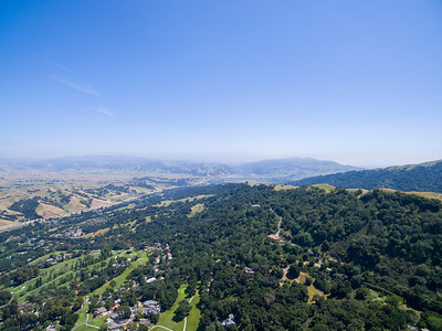 Aerial Scenery. Facing Pleasanton Ridge Regional Park. Highway seen is Interstate 680. Augustin Bernal Park - Pleasanton, CA, USA