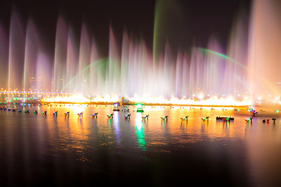 Musical Fountains. Jinji Lake (金鸡湖) - Suzhou, Jiangsu, China (苏州,江苏,中国)