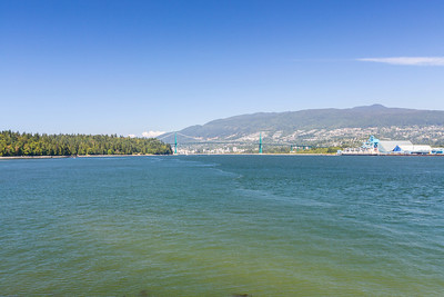 Lions Gate Bridge. Brockton Point Lighthouse. Stanley Park - Vancouver, BC, Canada