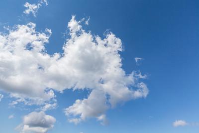 Clouds. Sunrise Lake Area. Mount Rainier National Park - Washington, USA