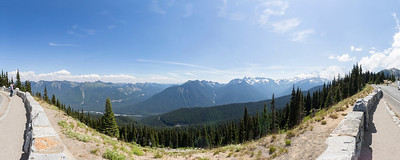 Panorama. Sunrise Lake Area. Mount Rainier National Park - Washington, USA