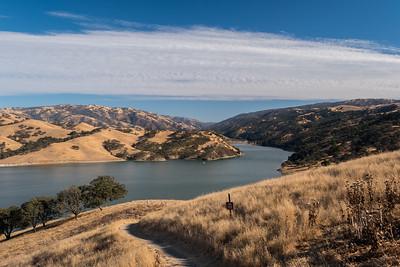 Lake Del Valle. East Shore Trail. Del Valle Regional Park - Livermore, CA, USA