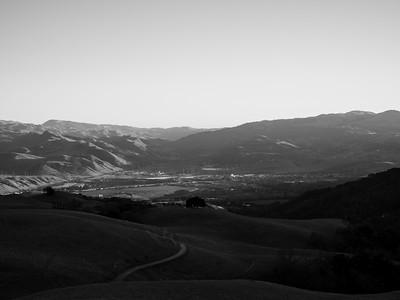 Sunset. Sunol & Interstate 680. Near Ridgeline Trail. Pleasanton Ridge Regional Park - Sunol, CA, USA