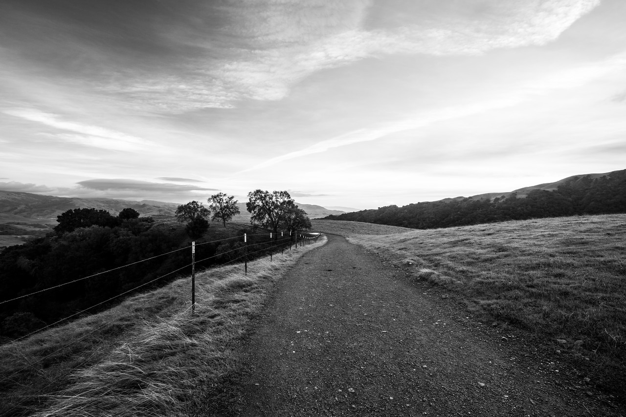 Sunset. Ridgeline Trail - Pleasanton Ridge Regional Park - Sunol, CA, USA