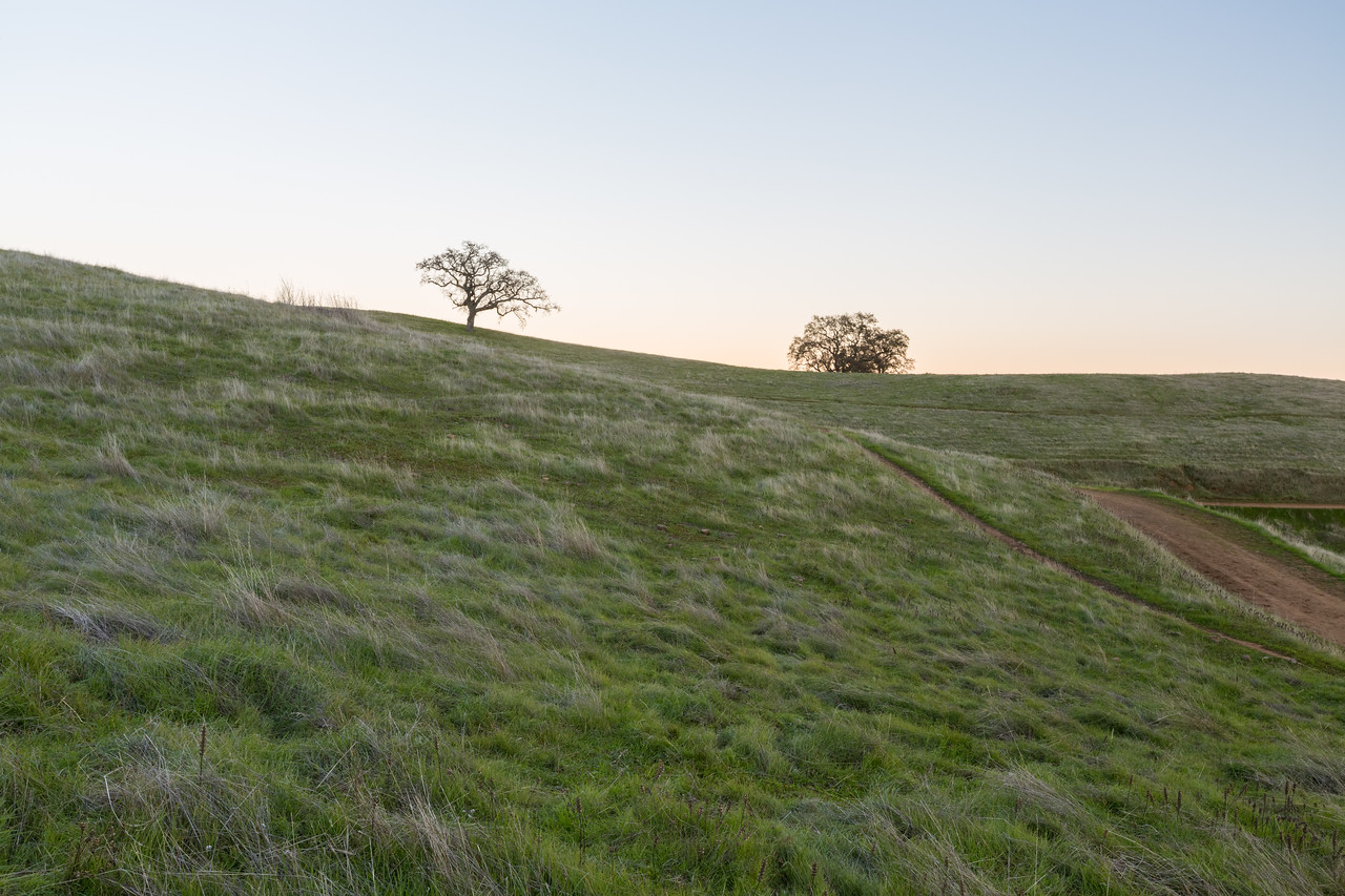 Sunset. Thermalito Trail - Pleasanton Ridge Regional Park - Sunol, CA, USA