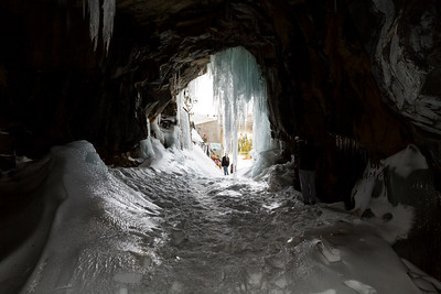 Icicles at Tunnel Entrance. Historical Central Pacific Railroad Tunnel #6 (Summit Tunnel). Truckee, CA, USA