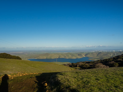 Los Vaqueros Reservoir, Clifton Court Forebay, Discovery Bay (left), Tracy (right). Whipsnake Loop Trail. Whipsnake Loop Trail. Los Vaqueros Watershed - Contra Costa County, CA, USA