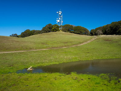 KSTN-FM Stockton Transmission Tower. Whipsnake Trail. Morgan Territory Regional Preserve - Contra Costa County, CA, USA