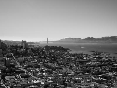 Golden Gate Bridge & Presidio (center), Lombard Street (left), Aquatic Park & Hyde Street Pier (right)  On top of Coit Tower. San Francisco, CA, USA