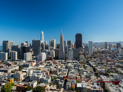 Bay Bridge (left), Salesforce Tower (slightly left from center), Transamerica Pyramid (center)  On top of Coit Tower. San Francisco, CA, USA