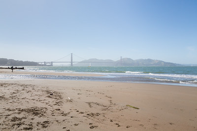 Golden Gate Bridge. Crissy Field East Beach. San Francisco, CA, USA