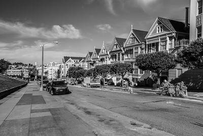 Painted Ladies shot from Intersection of Steiner Street & Hayes Street. Alamo Square - San Francisco, CA, USA