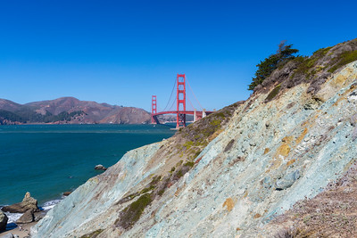 Golden Gate Bridge. Battery to Bluffs Trail - San Francisco, CA, USA